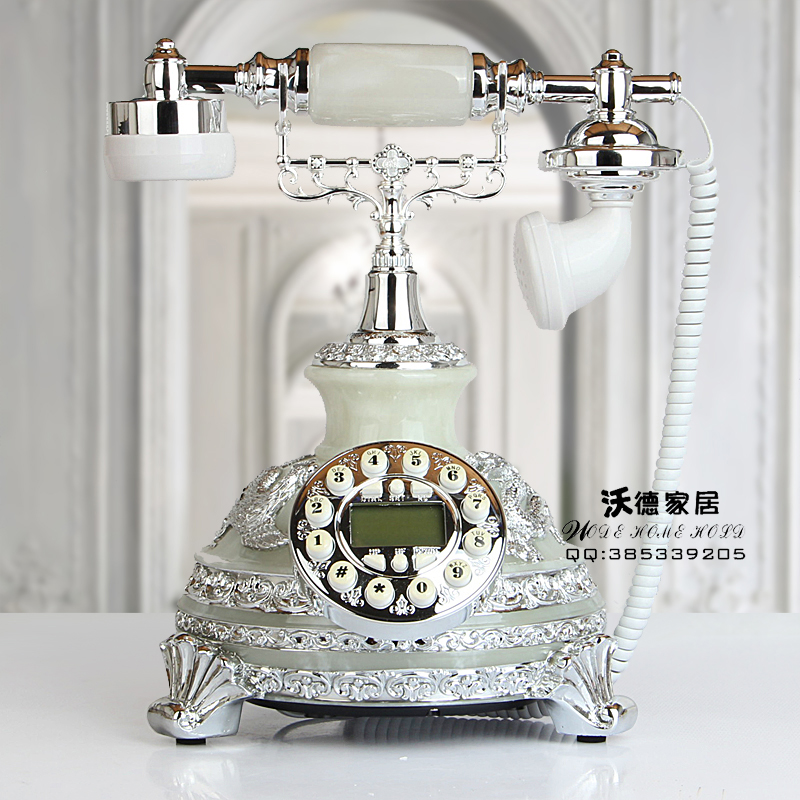 Antique telephone set back to the ancient style of the phone call the European style villa wedding gifts household corded phone