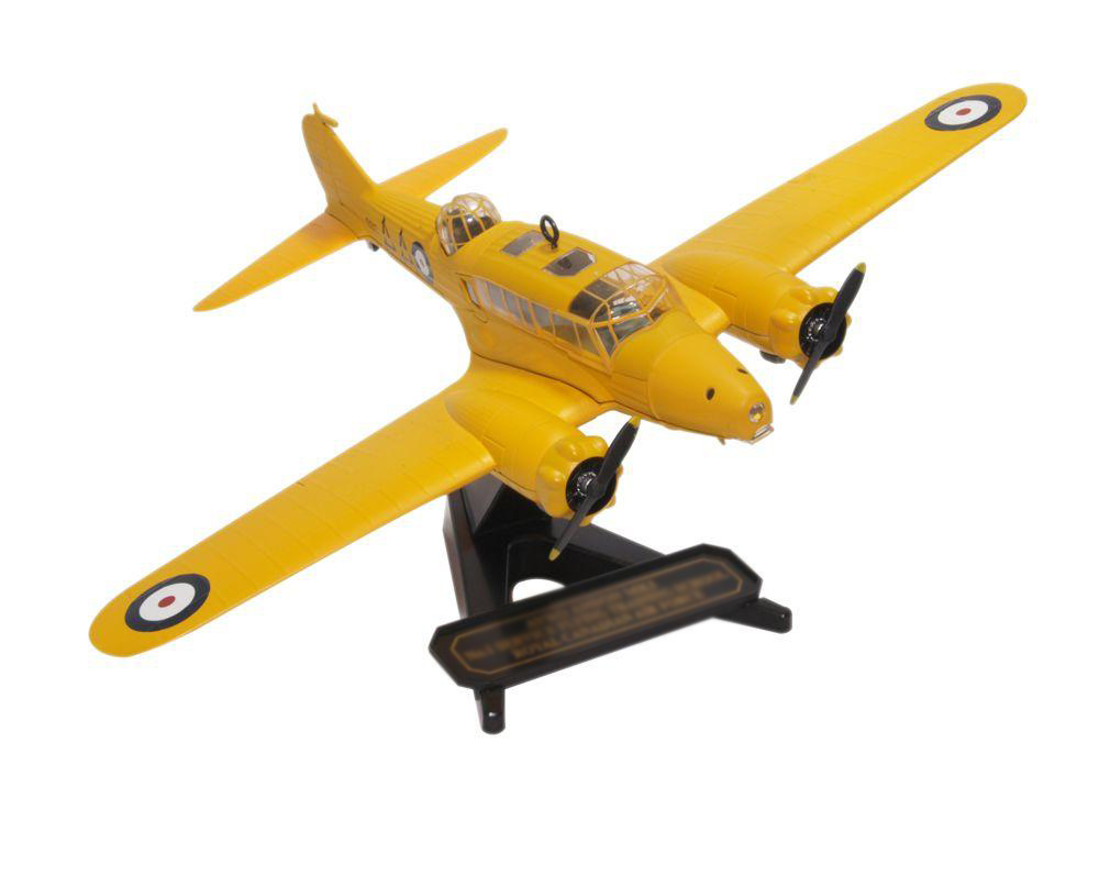 1:76 OXF Alloy Finished Product Model 72AA006 Anson Multipurpose Aircraft RCAF First Flight School  Collection model1:76 OXF Alloy Finished Product Model 72AA006 Anson Multipurpose Aircraft RCAF First Flight School  Collection model