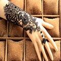 Frete Grátis Em Estoque 1 Par luvas Sem Dedos Rendas Luvas de Casamento de Moda de Nova Branco, Preto Luvas de Noiva de noiva Com Anel pulseira