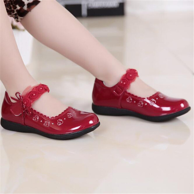 Weoneit 2019 New Children Girls Leather Shoes For Girls 3 Colors Kids Lovely Flat Dancing Dress Shoes For School Students