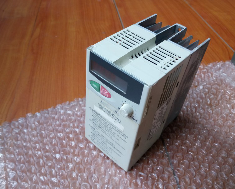 FR-E520-0.4K 0.4KW 220V Tested Well With 220V