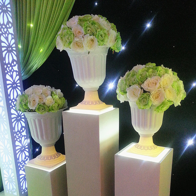 White Europe Style Wedding Flower Pot For Roman Column Plastic Decoration 8pcs Lot