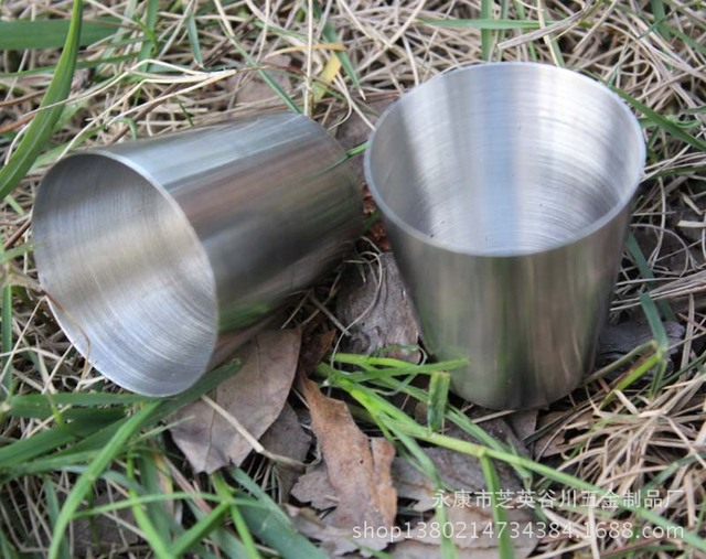 200pcs/lot Outdoor stainless steel wine small portable hip flask small handless wine cup liquor cup