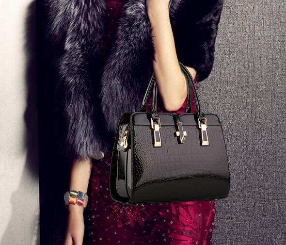 6ae556434cab Designer Women s Genuine Leather Handbags Vintage Tassel Female Shoulder bag  Ladies Crossbody Bags For Women Messenger ...