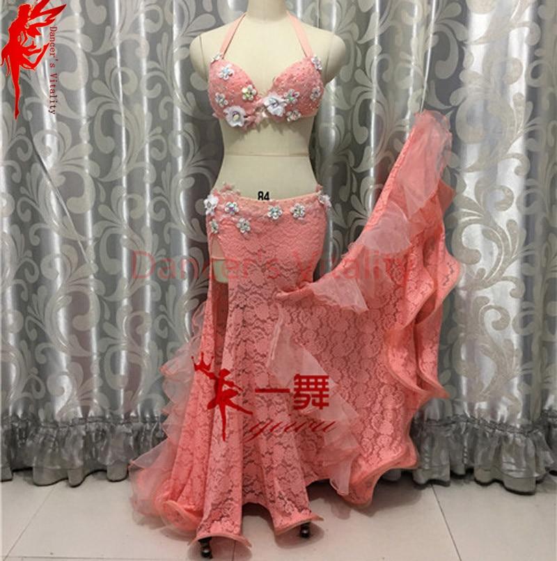 Новинка для индийского танца живота танцевальная одежда бра с цветами Топ и бедра юбка 2 шт. Женская Одежда для танцев костюм для женщин тане