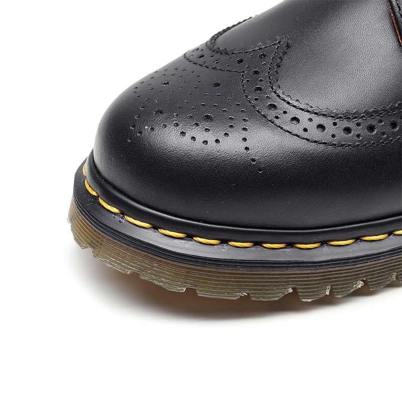 Обувь; женская обувь; мужские кроссовки; женские ботинки; женская обувь Martin; кожаные оксфорды; обувь в деловом стиле