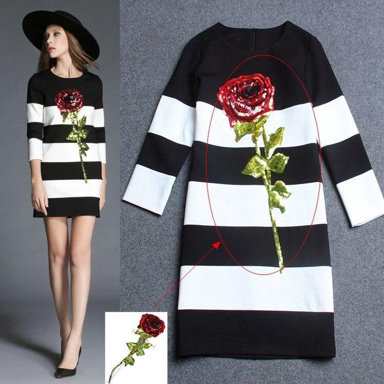 Resultado de imagen para parches de rosas en vestidos