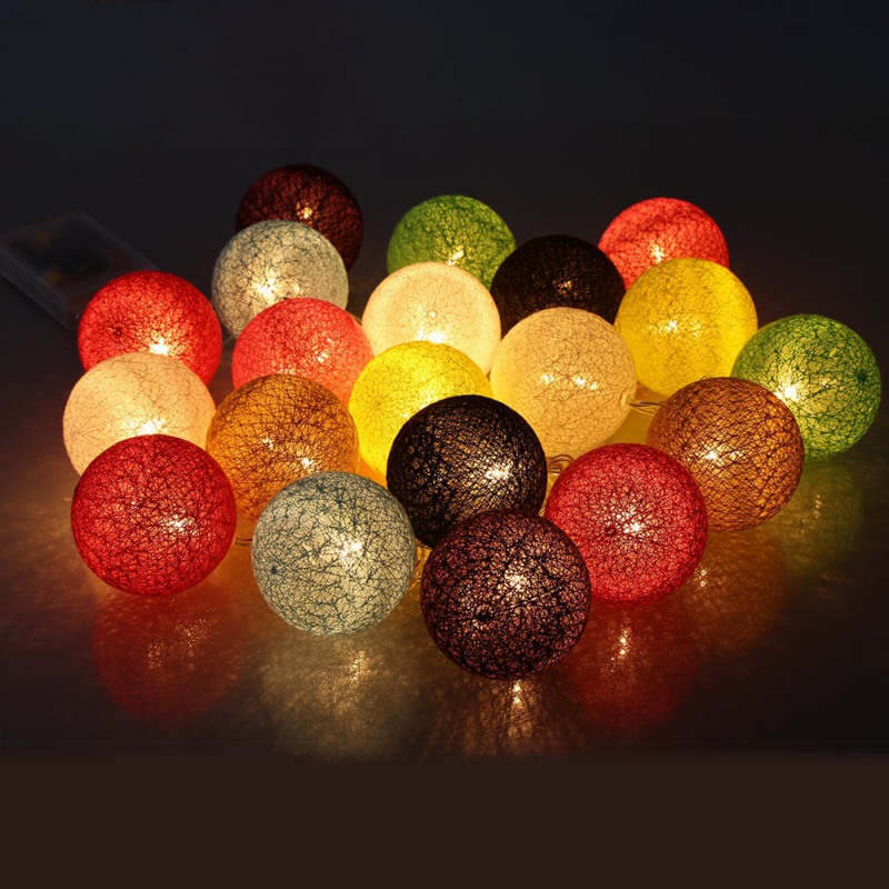 Unique Warm White Cotton Ball Lamp Chain Portable Outdoor Party Christmas Spherical Battery Garland LED Light String