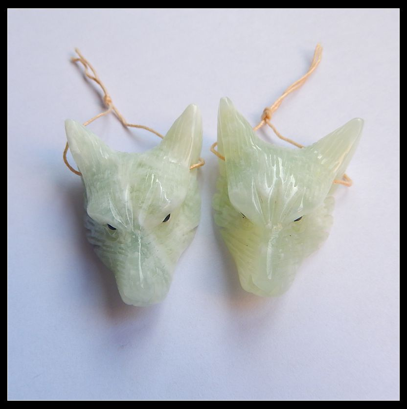 2Pcs Handcarved Natural Stone Nephrite Jade Wolf Head Necklace Pendant 39x29x12mm 40x28x13mm 29.83g Fashion Jewelry Accessories new hot movie necklace wholesale fashion stainless steel movie jewelry punk wolf pendant wolf head necklace