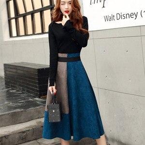Image 2 - Jesień zima nowy 2018 moda damska eleganckie dwa kawałki zestawy kobiece koszule z okrągłym dekoltem i spódnica trzy czwarte zestaw panie białe niebieskie garnitury