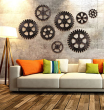 цены 1PC Vintage Steampunk Wooden Gear Wall Hanging Cog Home Bar Cafe Pub Office DIY Christmas Decoration Ornament Wall JL 273
