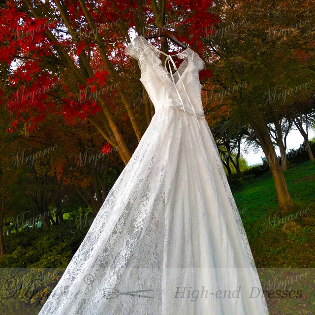 Online shop mryarce delicate lace romatic bohemian wedding dresses online shop mryarce delicate lace romatic bohemian wedding dresses keyhole back bridal dress with cap sleeves robe de mariage 2018 aliexpress mobile junglespirit Image collections