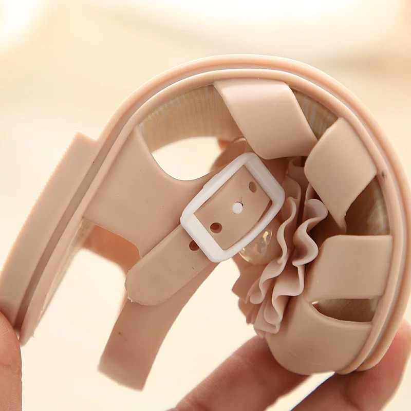 ... Mini Melissa 2018 New Pearl Flower Girl Jelly Sandals Roman Girl  Sandals Breathable Melissa Shoes Toddler ... ecc6566698a4