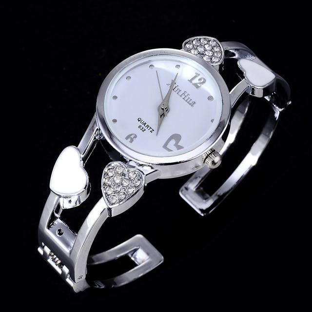 Hot Sale Heart-Shaped Bracelet Watch Luxury Rhinestone Watch Women Watches Ladie