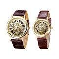 Relogio Montre 2 unids/set Amantes Relojes Hollow Correa de Cuero Reloj de Pulsera Hombres de Las Mujeres de Moda Relojes Pareja relojes de Cuarzo-Reloj