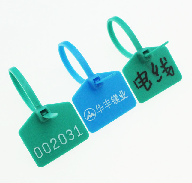 50c621c7b Plastic Tags, Double-locked Nylon Labeling Tags Luggage Tags Writable  Parcel Tags Labels with Cable Ties for Shipping Customs