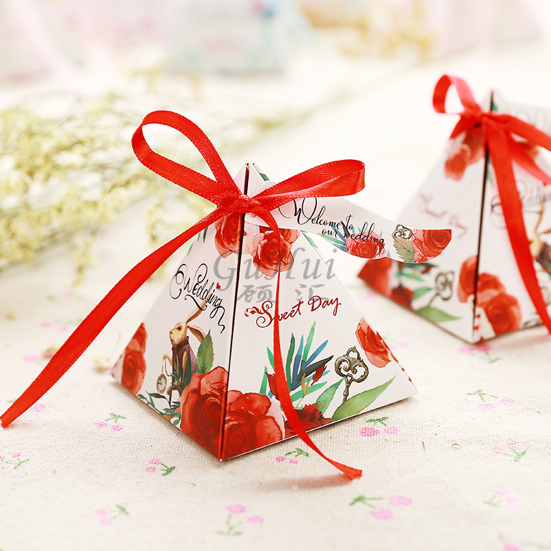 Sweet Love Pyramid Triangle Rose Paper Candy Box With Ribbon Wedding