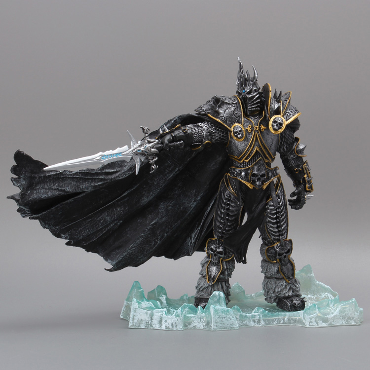 The Lich King Arthas Menethil Deluxe PVC Statue Figure Collectible Model Toy heroes of the storm cosplay lich king arthas menethil 21cm 8 3 pvc boxed action figures garage kit model toys