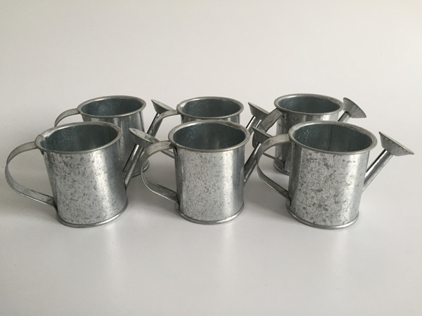 Image 2 - Silvery Mini watering cans wedding favors bucket tin Metal Favors Decorative watering cans D5.5XH5.5CM 30pcs/lot-in Flower Pots & Planters from Home & Garden