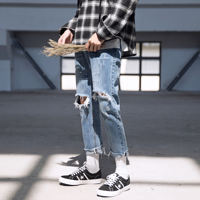 2017 spring summer wash pants of hole burrs nine points light blue jeans mens super tide feet pants high quality package mail