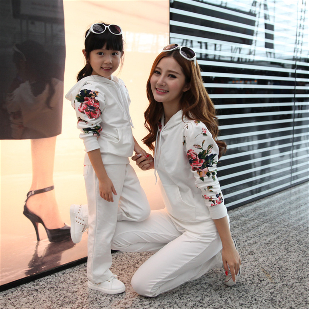 2018 Autumn Mom and Daughter Family Matching Clothing Mom And Girls Family Look Outfit Mother Daughter Winter Clothes Set 2017 summer children clothing mother and daughter clothes xl xxl lady women infant kids mom girls family matching casual pajamas