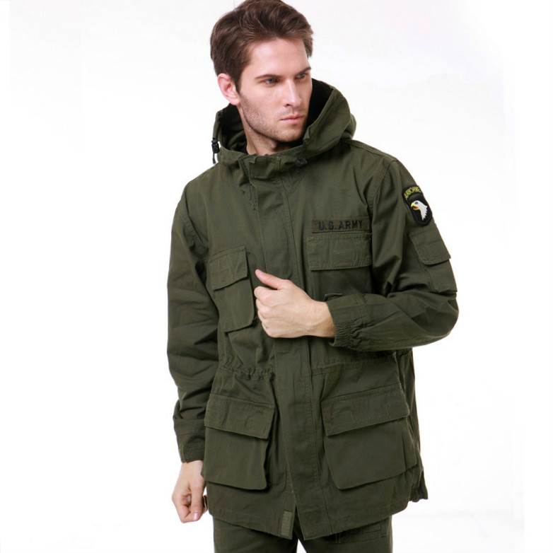 Livraison gratuite vêtements Tactique Soft shell Veste Hommes Combat Imperméable coupe-vent veste 802