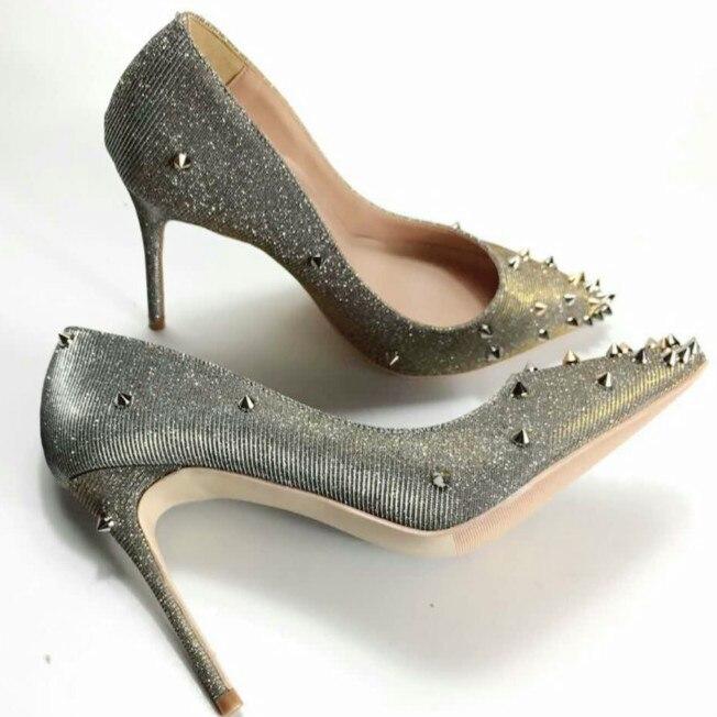 Keshangjia B Lingเลื่อมเงินRivets S Tuddedรองเท้าส้นสูงผู้หญิงปั๊มแฟชั่นชี้นิ้วเท้ารองเท้าแต่งงานของบุคคลเจ้าสาวชุดปุ้ม-ใน รองเท้าส้นสูงสตรี จาก รองเท้า บน   1