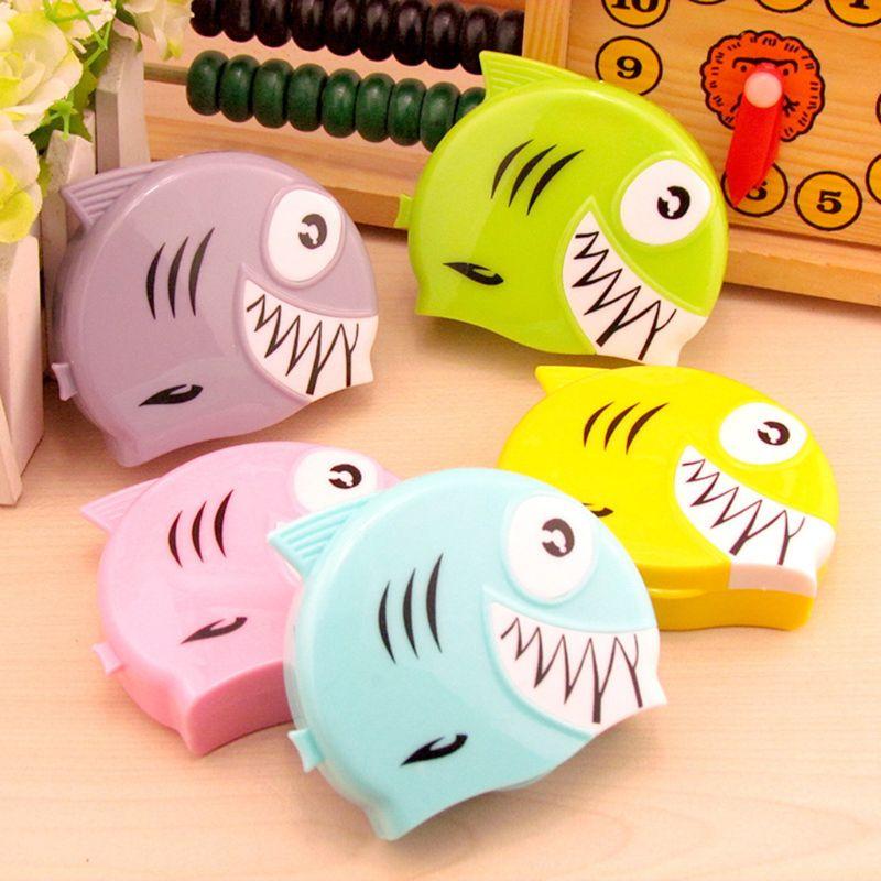 Einfach Mode Neue 1 Stück Männer Frauen Kontaktlinsen Box Fisch Geformt Niedlichen Cartoon Reise Tragbare Augen Pflege Lagerung Kit Zufällig Farbe