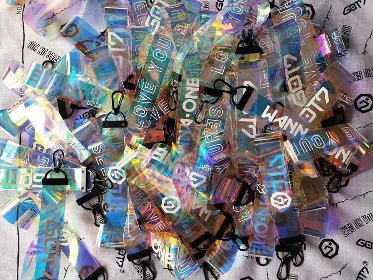 KPOP JUNGKOOK V с изображением чимина и шуги JIN RM J-HOPE Got7 Wanna One Twice Seventeen лазерный именной брелок для ключей мобильный телефон подвесная веревка новый New