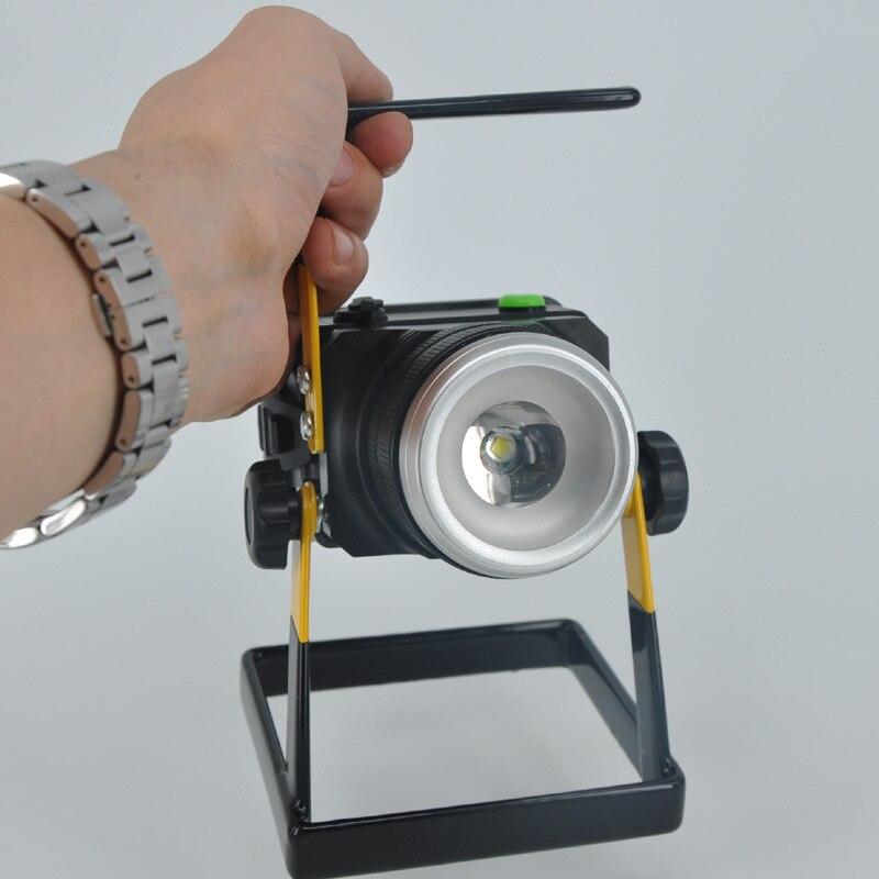 2016 berputar zoom lampu sorot LED portabel, 30 W lampu portabel isi ulang, 18650 baterai pencahayaan outdoor, Senter lampu banjir