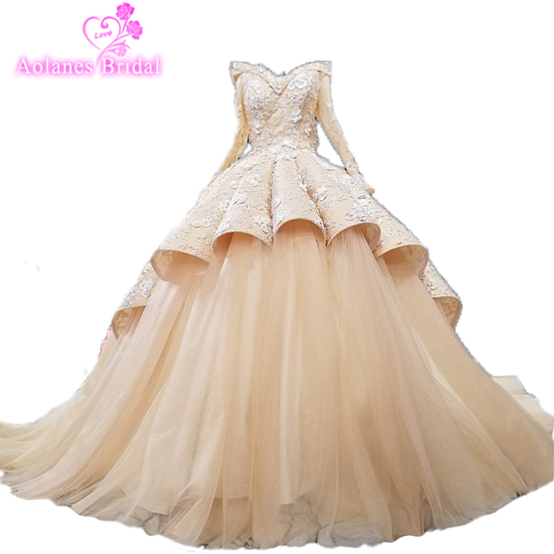 Long Sleeve Wave Ball Gown Wedding Dress Darker Champagne Beautifull Wedding Gown 2018 New Collections Arabic Bridal Dress