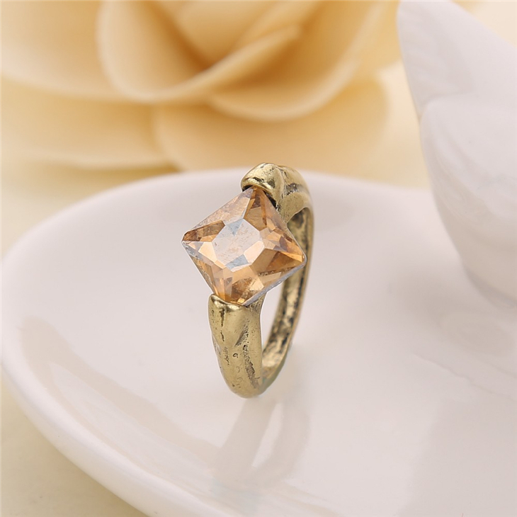 Lord Voldemort's Horcrux ring The Resurrection Stone vintage deathly hallows Dumbledore for men and women wholesale