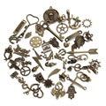 60-80 pattern Mixed 50pcs Assorted Carved Charms Pendants Beads Metal Alloy Pendant Antique Bronze Plated Diy Bead F2677B