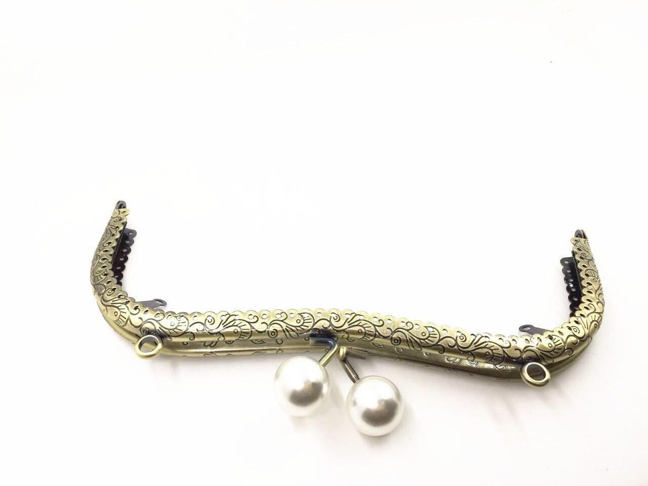HAOFA 20cm Bronze Metal M Shhape Bag Frame Vintage Embossing Lace Pearl Head Purse Frame DIY Bag Frame Kiss Clasp Purse Frame