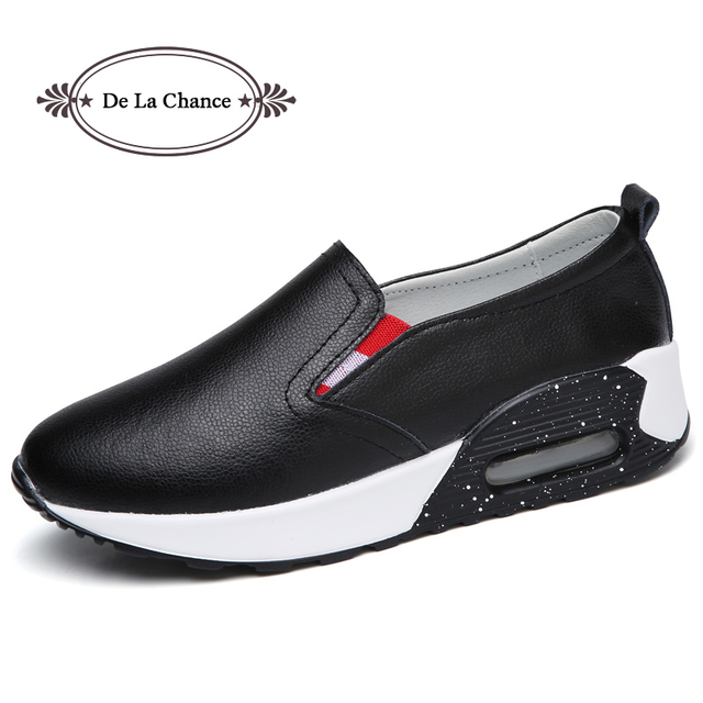 77747ffd6dd DE LA CHANCE Women Flat Platform Loafers Ladies Split Leather Moccasins  Shoes Woman Slip On Moccasin Women s Black Casual Shoes