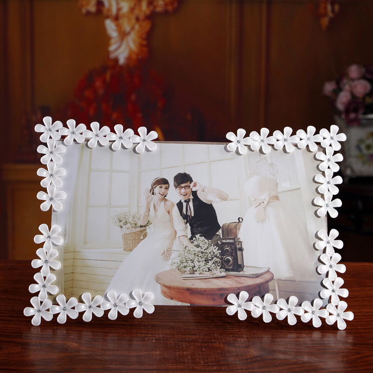 White Flower Rhinestone Home Decor Photo Frame Picture