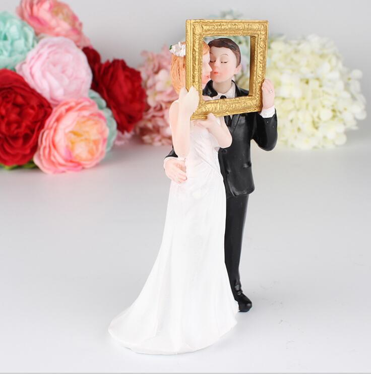Free shipping 2018 Wholesale Photo Frame Love Couple Funny Figurine ...