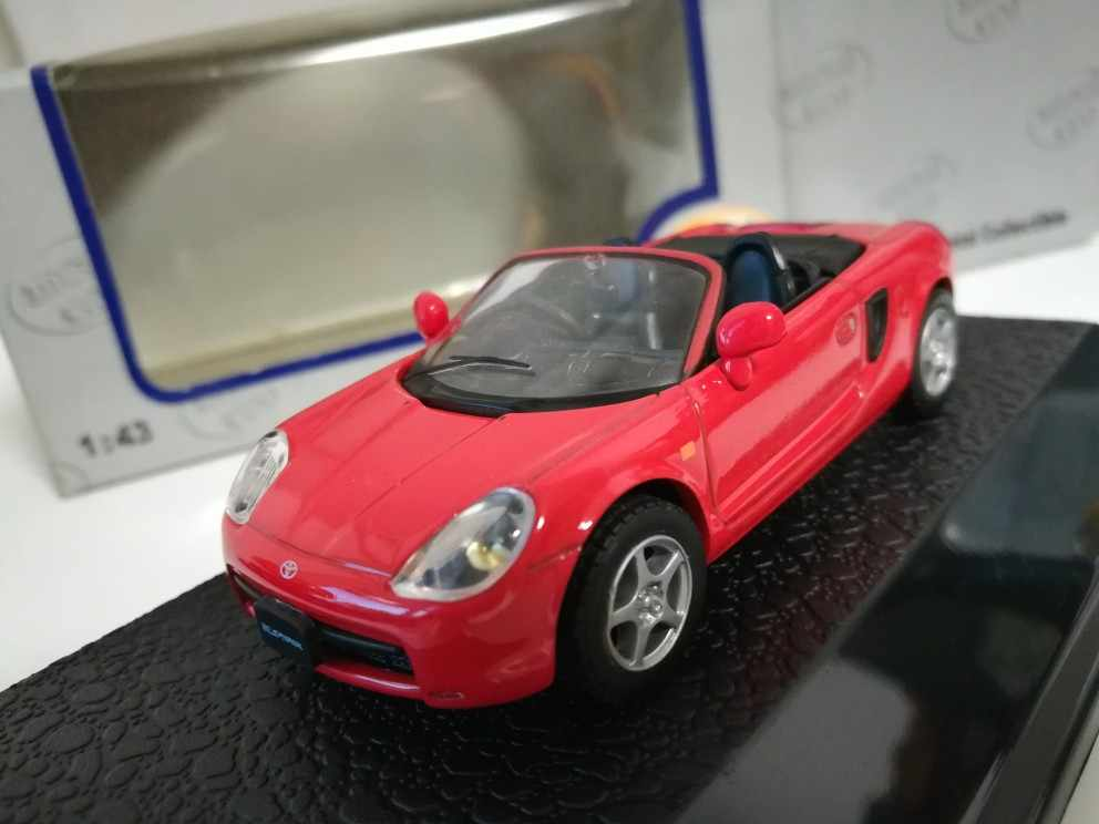 1:43 TOYOTA MR2 Spyder Classic out of print alloy model Car Diecast Metal Toys Birthday Gift For Kids Boy other