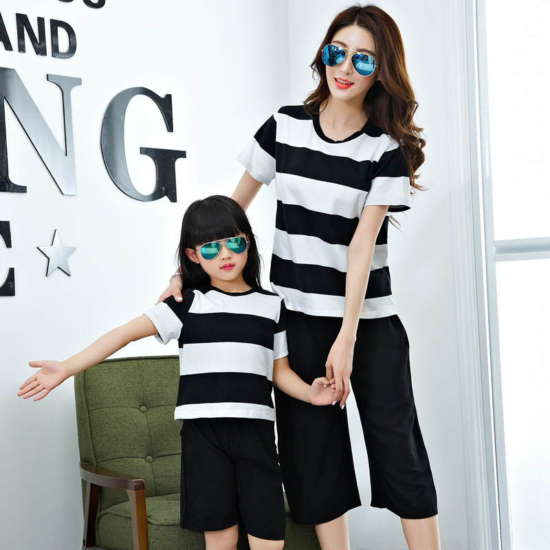 2017 family matching clothes family clothing set t-shirt+ pants mother and daughter clothes mommy and me clothes family look family fashion summer tops 2015 clothers short sleeve t shirt stripe navy style shirt clothes for mother dad and children
