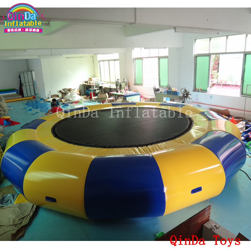 5m round inflatable water trampoline for jumping,free air pump inflatable aqua trampoline with steel lake or ocean inflatable funny water sports game water trampoline with air pump and repair kit