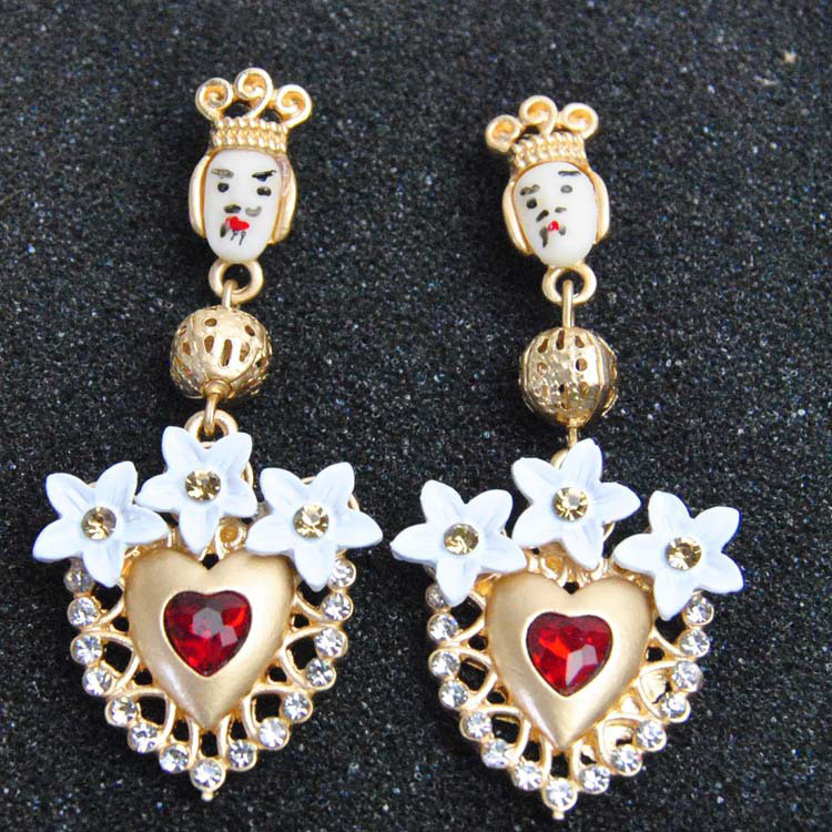 Vintage Baroque Earring Female 2018 Earrings For Women Floral King Head and Red Heart Sicilian Long Earring Jewelry Pendientes