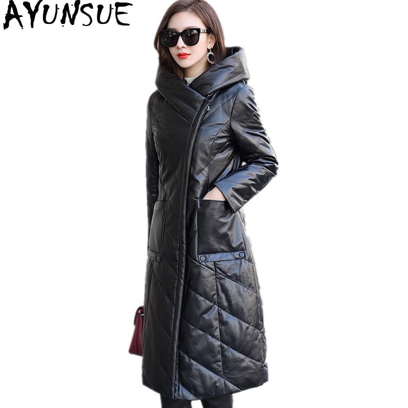 AYUNSUE натуральной овчины пальто 2018 повседневное пояса из кожи куртка для женщин длинные теплые зимние пуховики с капюшоном плюс размеры WYQ2075
