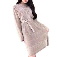 2017 neue Herbst Winter Korea Art-langärmliges O Neck Kleid frauen Büro-dame Solide Lose Samt Kleid Schlank Plus Size Schärpen