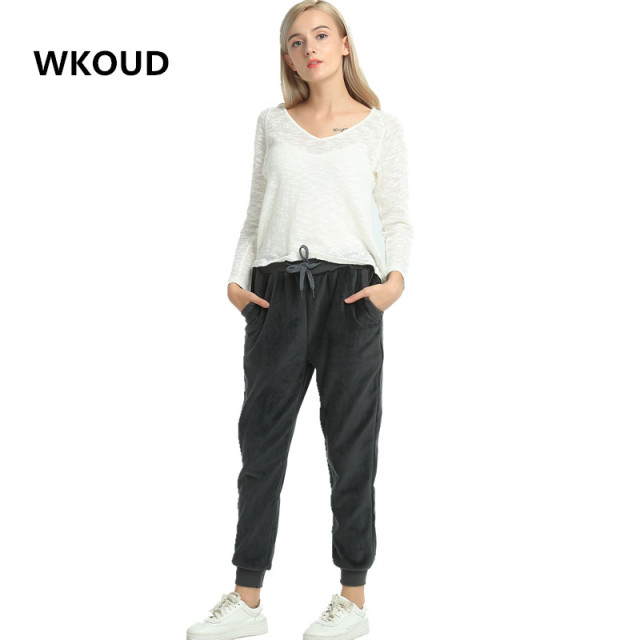 WKOUD Women Winter Velvet Pants Gold Fleeces Thickening Elastic Drawstring Waist Harem Pants Female Warm Hot Trousers P8103 2
