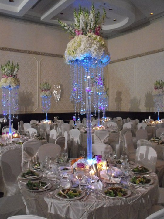 Wedding Occasion and Party Decoration Event Party Item Type crystal flower stand in Party DIY Decorations from Home Garden