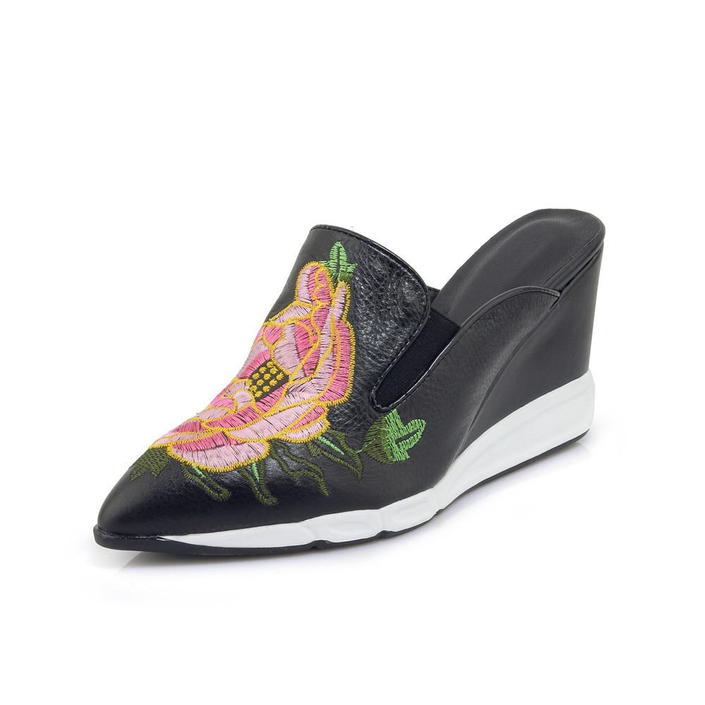 Cuir Noir Véritable Peu Profonde De Mode Pointu Bout or D'été Élégant 2018 Smeeroon Sandales Brodent Partie Femmes Cales Chaussures H1qSxTn