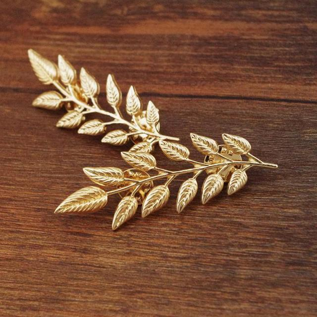 European And American Style Retro Golden Leaves Suit Collar Shirt Collar Pin Buc