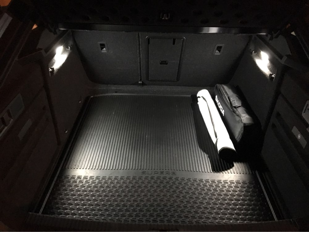Door Footwell Luggage Glove Box Lights
