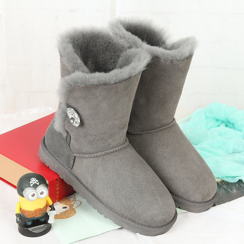 High quality snow boots in the winter of the new 100% Australian natural sheep fur leather boots in a woman's Boots
