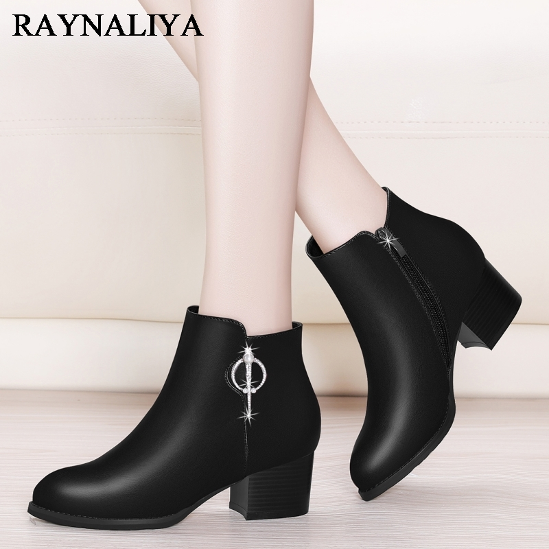 Designer Women Winter Ankle Boots Female Sexy Square High Heel Autumn Sheepskin Boots Round Toe Ladies Shoes YG-A0010